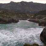 Playa de guadamía en Llanes