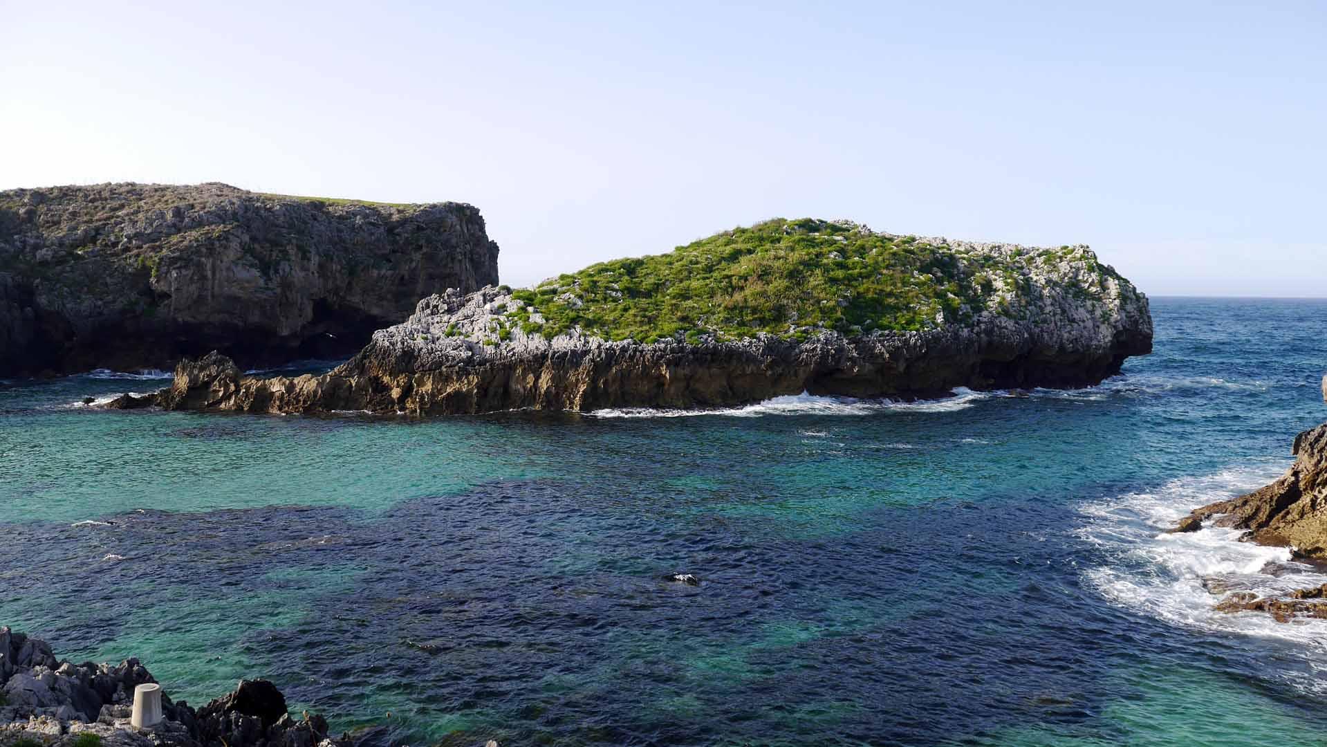 playa de cue llanes