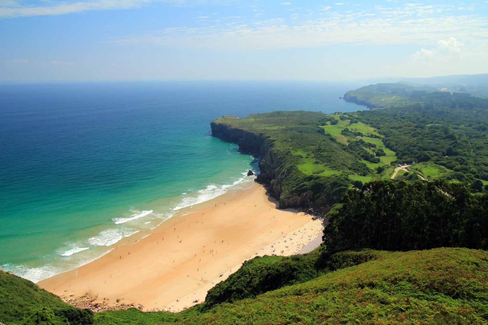 Playa de Andrín llanes